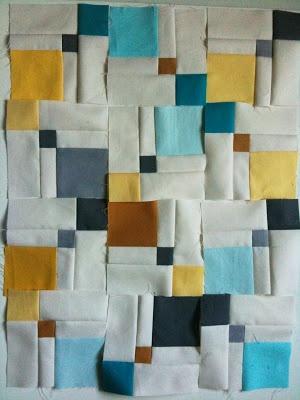 A Few Scraps: Double disappearing nine patch. Hacer bloques aprovechando restos. Diferentes formar de combinar.