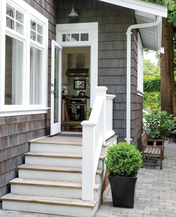 25 best ideas about craftsman style interiors on for Craftsman exterior trim details