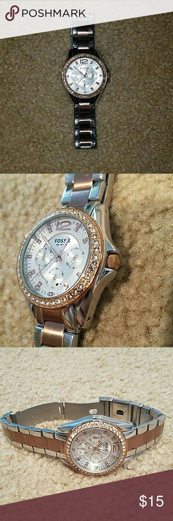 Fossil Womens Watch Women's fossil watch. Needs watch battery Fossil Jewelry