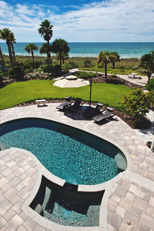 45 best by the kidney shaped pool images on pinterest - Invisible edge pool ...