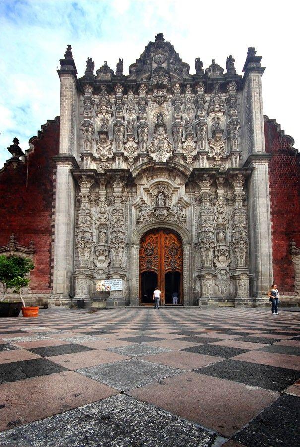 México. El Sagrario, en la Catedral Metropolitana de la ciudad de México, #DF, #Mexico. Imagen: Jose Ignacio Saez de Ugarte