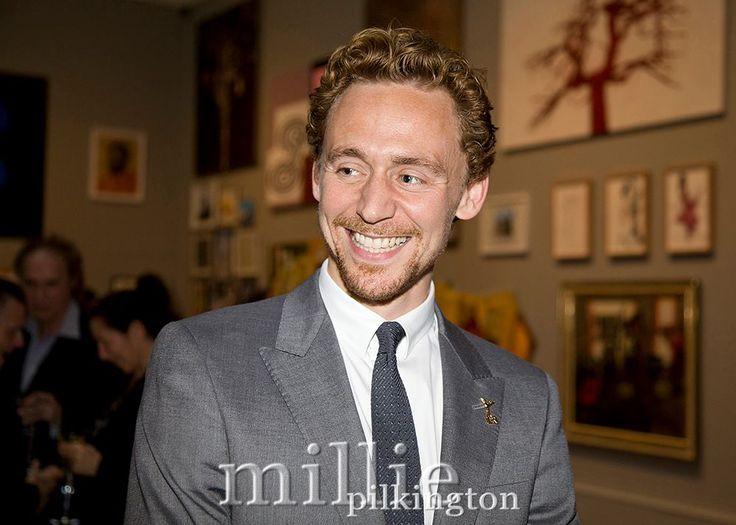 #TomHiddleston at The Royal Arts Academy Celebration London, May 2012 (https://m.facebook.com/milliepilkingtonphotography/photos/?tab=album&album_id=379385295442219&refsrc=http%3A%2F%2Ft.co%2Fn6NxP1y74r&_rdr …) via Torrilla