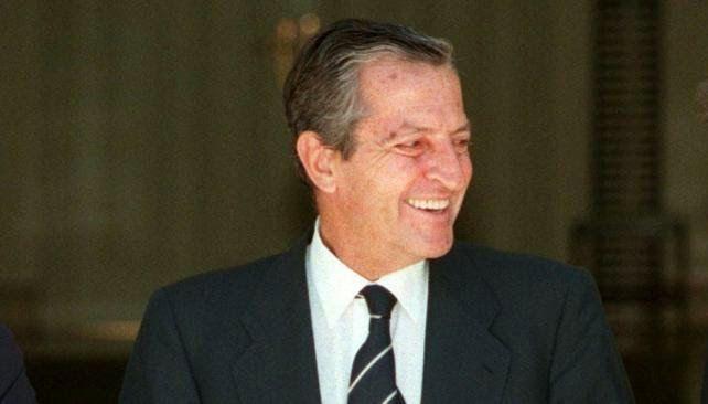 """ROXANA REY: Falleció el expresidente español """"Adolfo Suárez"""" E..."""