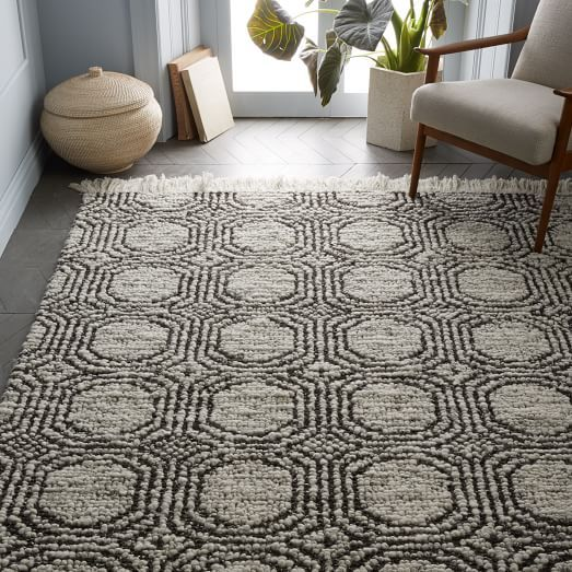 Best 25 Circle Rug Ideas On Pinterest Rugs Persian Rug