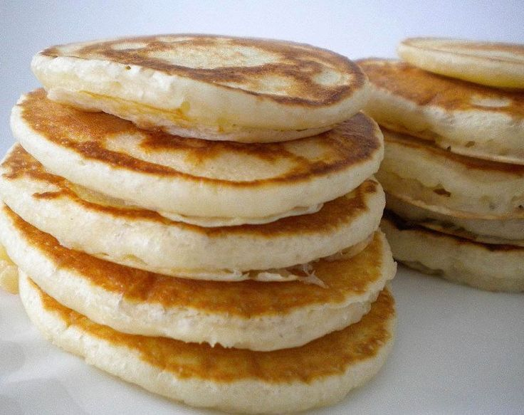 These pancakes are extremely thick and fluffy owing to the egg whites. The combination of coconut flour and egg whites delivers an ultra-fluffy and filling pancake. The benefits of coconut flour are endless. It aids in a healthy metabolism, its high in fibre, it helps maintain healthy blood sugar levels and it helps maintain good digestive health.