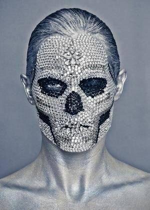 Avant Garde skull face, wow