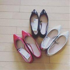 UNIQLOのコストパフォーマンスブランドGUから出ているポインテッドバレーシューズいいですね1490は安いまとめ買いしちゃいました() この靴オススメですよ( ˊᵕˋ)ノ