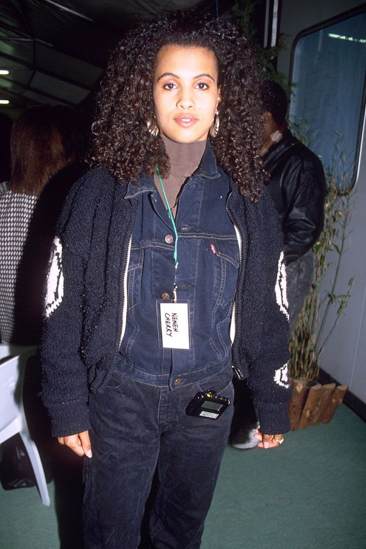 90s Style File: Neneh Cherry #refinery29  http://www.refinery29.uk/90s-style-file-neneh-cherry#slide-6  This is how to layer and look white hot. Add gold hoops for a girly touch....