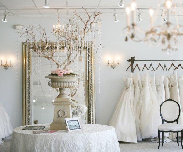 Wedding Gown Shops: Best 25+ Bridal Boutique Interior Ideas On Pinterest
