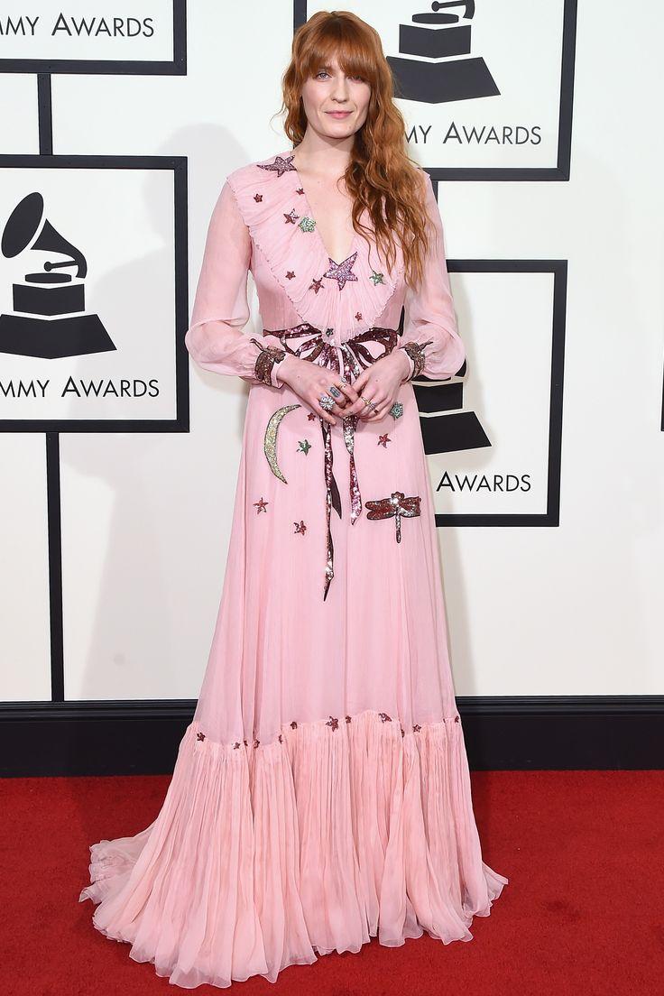 FLORENCE WELCH veste Gucci no tapete vermelho do grammy 2016