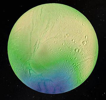 Avec ses éruptions de glace et de vapeur et son océan recouvert par une coquille de glace, Encelade est une des lunes les plus fascinantes de tout le système solaire. Selon les images de la sonde de Cassini, Encelade est recouvert d'une couche de glace aux reflets bleutés (quelques km d'épaisseur), caractéristique de la neige d'eau fraîche. Les trois ingrédients de la vie (chaleur, eau, molécules organiques) seraient  potentiellement présents sur Encelade.