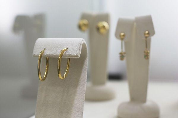 Aretes en Oro Amarillo #gold #earrings #jewellery