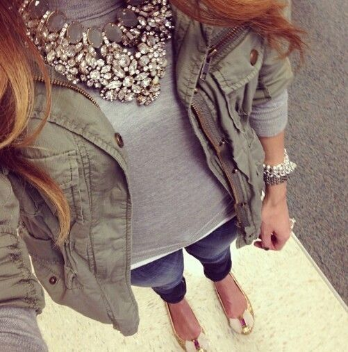 Digging the cargo style jacket (and I'm liking olive green) with the blingy necklace.