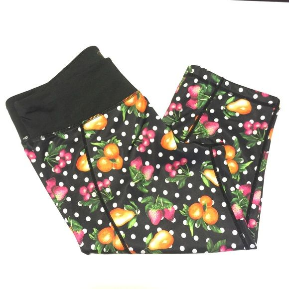{Betsey Johnson} Performance Capri Leggings NWOT Performance leggings from Betsey Johnson.  authentic! Amazing for workouts from yoga to HIIT, they're cute and comfy at the same time! Never worn, but no tag. Betsey Johnson Pants Leggings