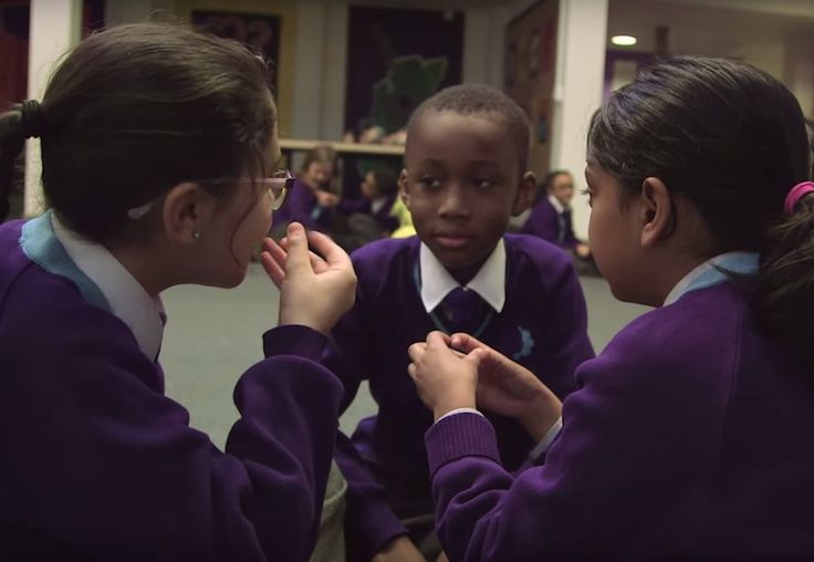 London's School 21 teaches students the art of speaking - resulting in eloquent, confident, empathetic kids   Inhabitots Re-pinned by #Europass
