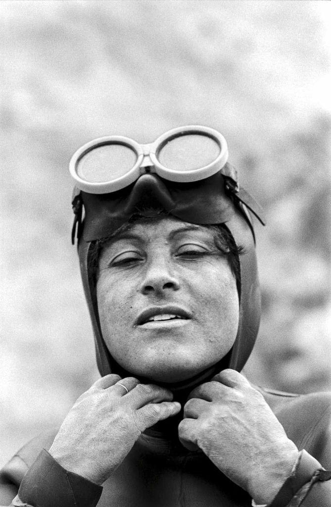 'Mujer buzo, Matanzas', de la serie 'Mujeres de Chile', 1992. ©Paz Errázuriz.
