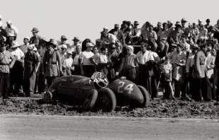 #24 Adolf Schwelm Cruz (RA) - Cooper T20 (Bristol 6) wheel lost (13) Cooper Car Co