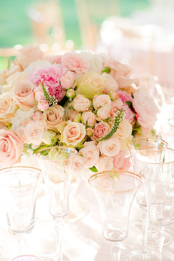 pink rose centerpiece.