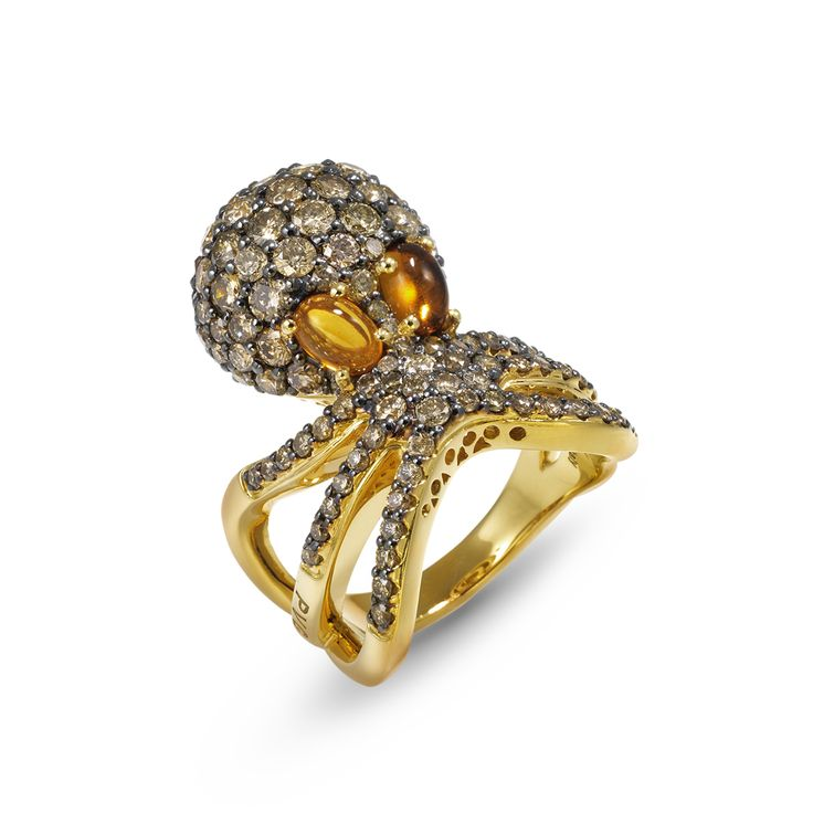 octopus ring in Yellow gold 18 kt with brown diamonds and citrine. #animaljewelry #octopusring #florence #pontevecchiogioielli