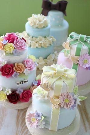 全てがクレイで出来ています! カワイイでしょ~! Clay Art *ケーキ型リングピロー Clay Art Wedding http://clayartwedding.net/ *ウェディングデコレーション そとぼうラスティックWEDDING WeddingFactory http://www.weddingpartyfactory.com/