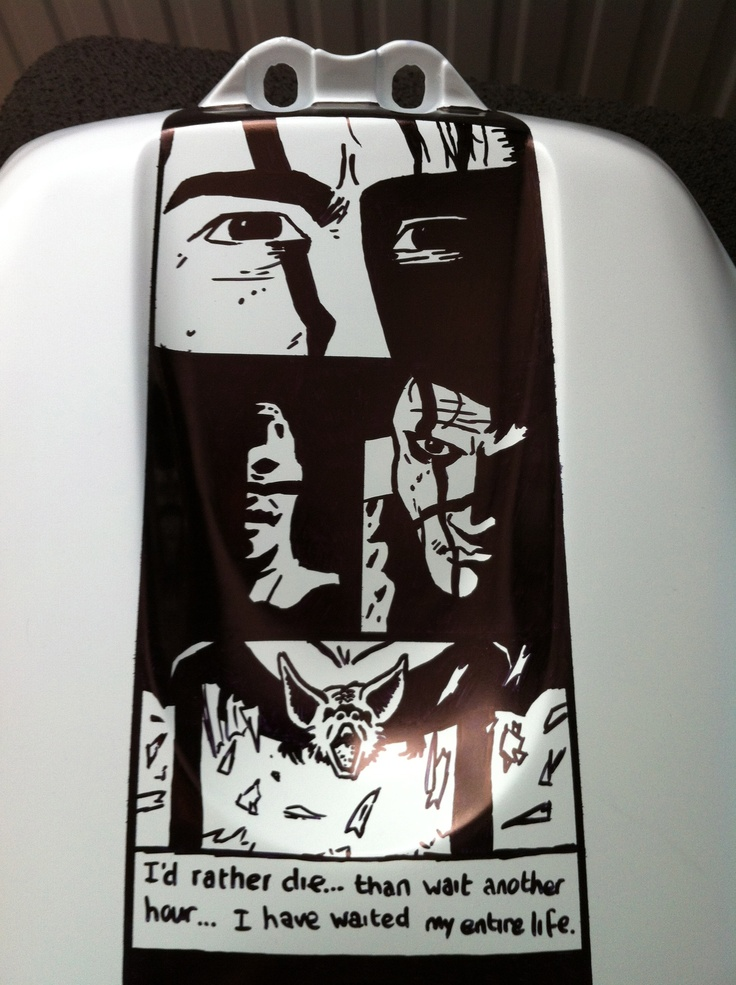 Tank-cover from my motorcycle done with Sharpie Markers. This is a chapter from my favourite graphic novel: Batman Year One.