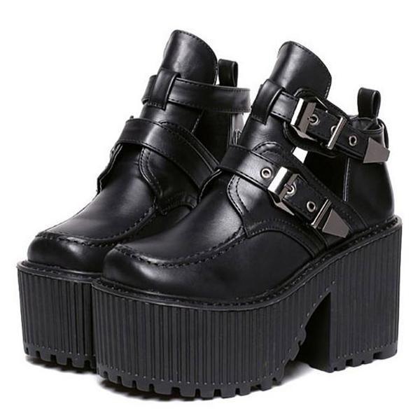 Buckle Grunge Sandals