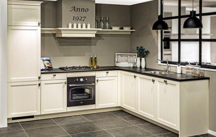keukens wit met zwart werkblad - Google zoeken