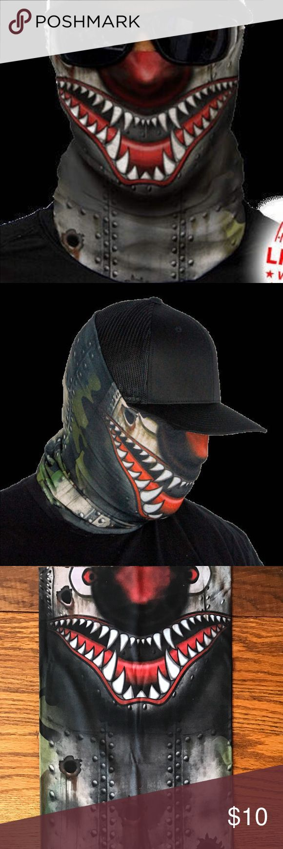 Salt Armour Tiger Shark Face Shield Sun Mask SA Co. Face Shield™ tubular bandanas offer style and sun protection without weighing you down.   PRODUCT SPECIFICATIONS: Soft, Breathable 100% Polyester Microfiber 100% Seamless 10+ Ways to Wear Repels Moisture SPF40 Stain Resistant Odor Control Protects Against Wind Helps Maintain Hydration Quick-Drying 2-Way Lateral Stretch Product Dimensions: (approx.) 10.5 x 20.5 inches Weight: 1.3 ounces One Size Fits All Adults Machine Washable Air Dry Do…