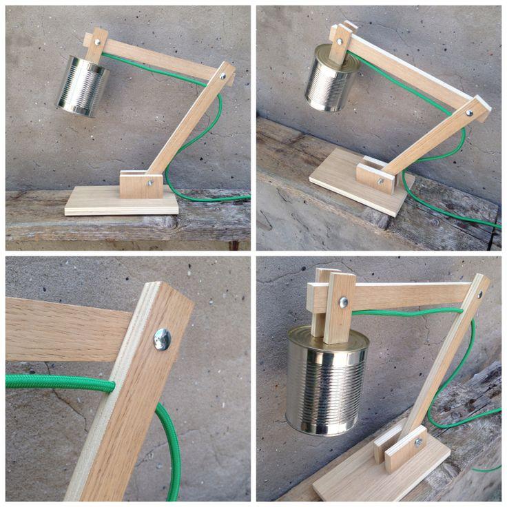 ELLE Lampada da tavolo orientabile, impiallacciato rovere, portalampada in latta e cavo elettrico rivestito in tessuto verde