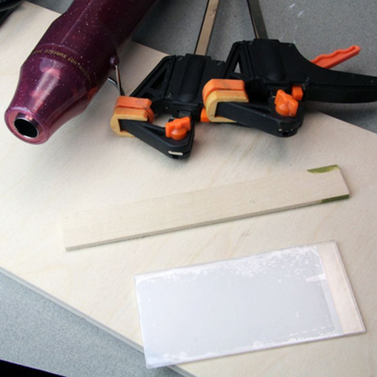 how to cut plexiglass sheets