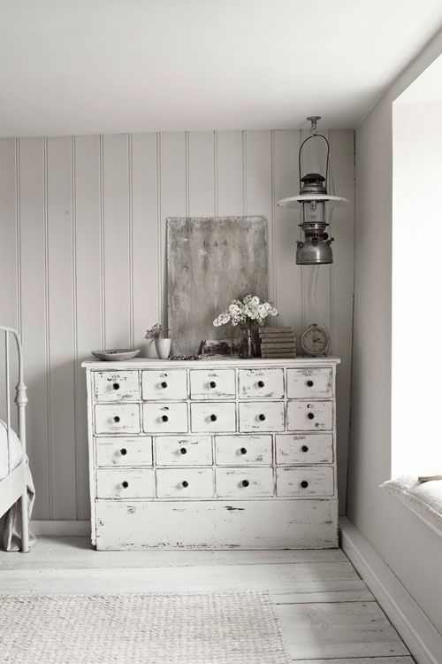 The Little CornerDecor, Shabby Chic, Design Interiors, Architecture Interiors, Hotels Interiors, Interiors Design, Dressers, White Interiors, Chest Of Drawers