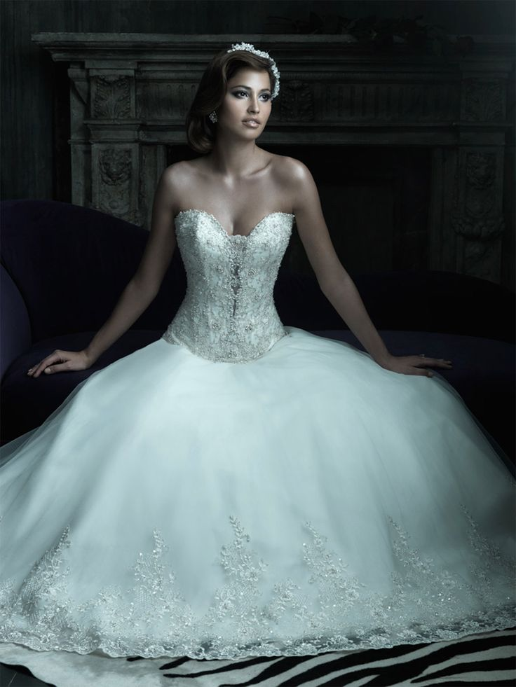 Unique Corset Wedding Gown Pictures - Wedding Dresses and Gowns ...