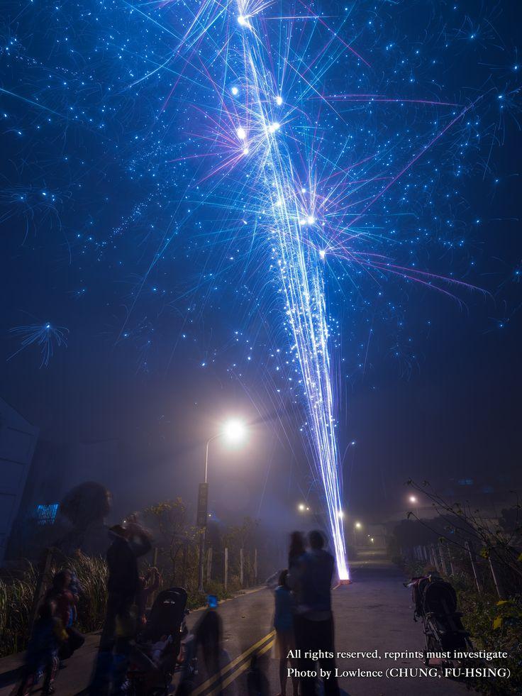 https://flic.kr/p/23bntk4   FUJI GFX50S GF 23mm F4.0 fireworks