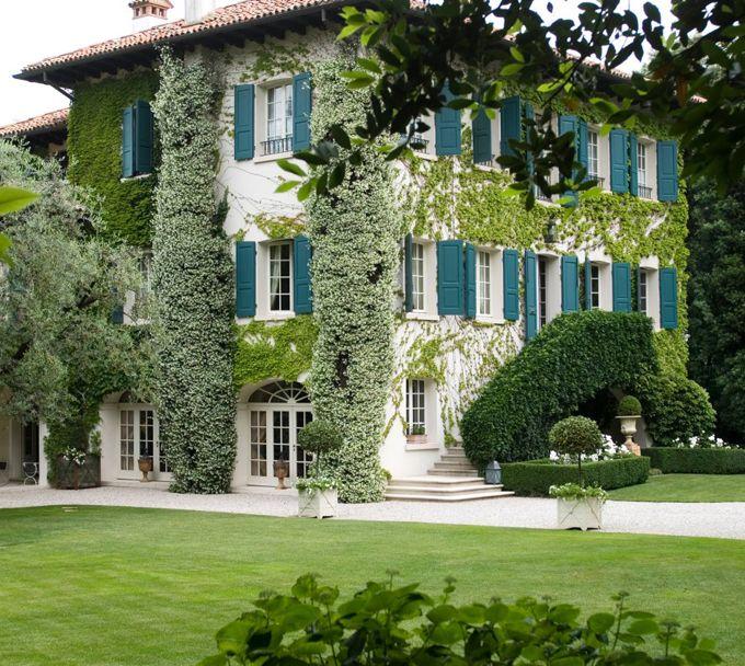 Italian Villa with turquoise shutters, designed by Florentine architect Michele Bonan