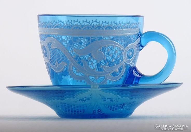 0K860 Antik csipkedíszes kék üveg kávéscsésze
