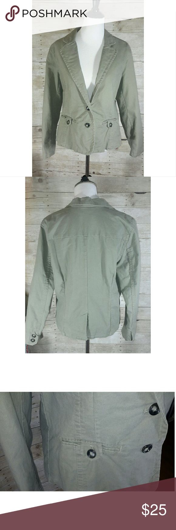 NWT Old Navy Olive Green Jacket New Old Navy jacket in light olive green with a pretty striped interior.  Size x-large.  Measurements  Length  24 Across the back  16.25 Sleeves 24.5  These pictures do not do this jacket justice.   Any questions, please ask.  30 % off Bundles  Happy Poshing! Old Navy Jackets & Coats Blazers