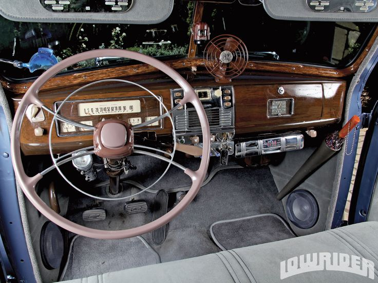 1939 Chevrolet Master Deluxe Steering Wheel And Dash