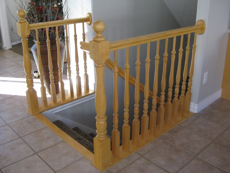 stair banister before makeover - TDA Decorating and Design featured on @Remodelaholic