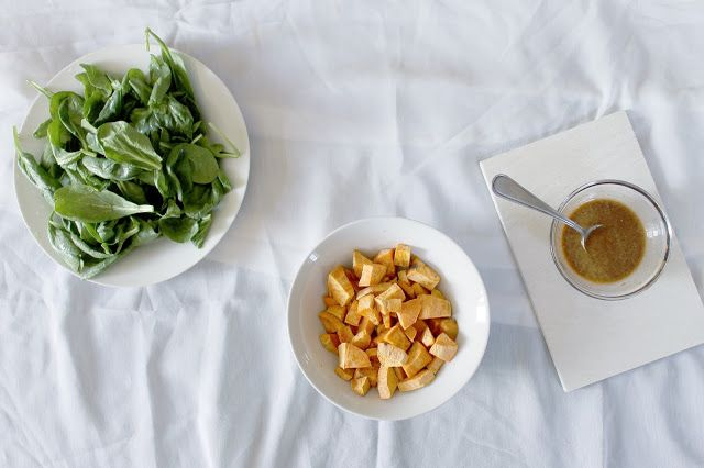 SELFTIMERS : Green Crunchy Salad Sweetness. Tastiest salad recipe on the blog!