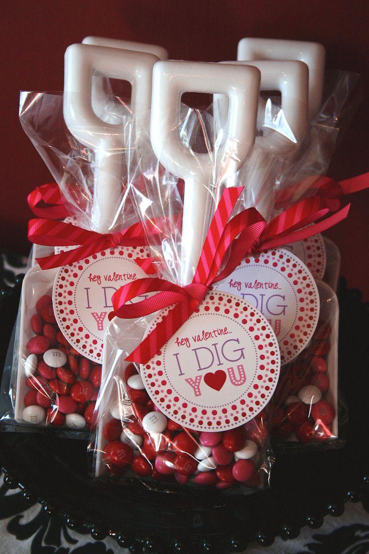 Cute Valentine idea! Hey ValentineI Dig You  Label Tag Sticker by by FlairDesigneryLLC, $9.00