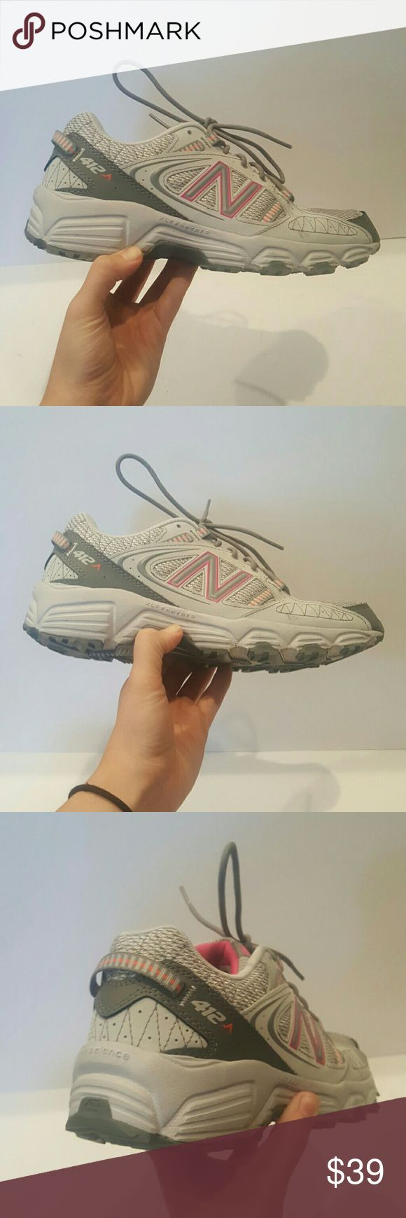 NEW BALANCE NB WOMENS 412 HIKING SHOES NEW BALANCE NB WOMENS  412  HIKING SNEAKERS GREY AND PINK SIZE 9.5 XLT GREY AND PINK LIKE NEW  FEW MARKS ON SHOES SMALL WEAR TO SHOE LaCE New Balance Shoes Sneakers