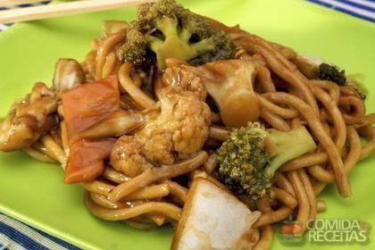 Receita de Yakissoba tradicional em receitas de massas, veja essa e outras…