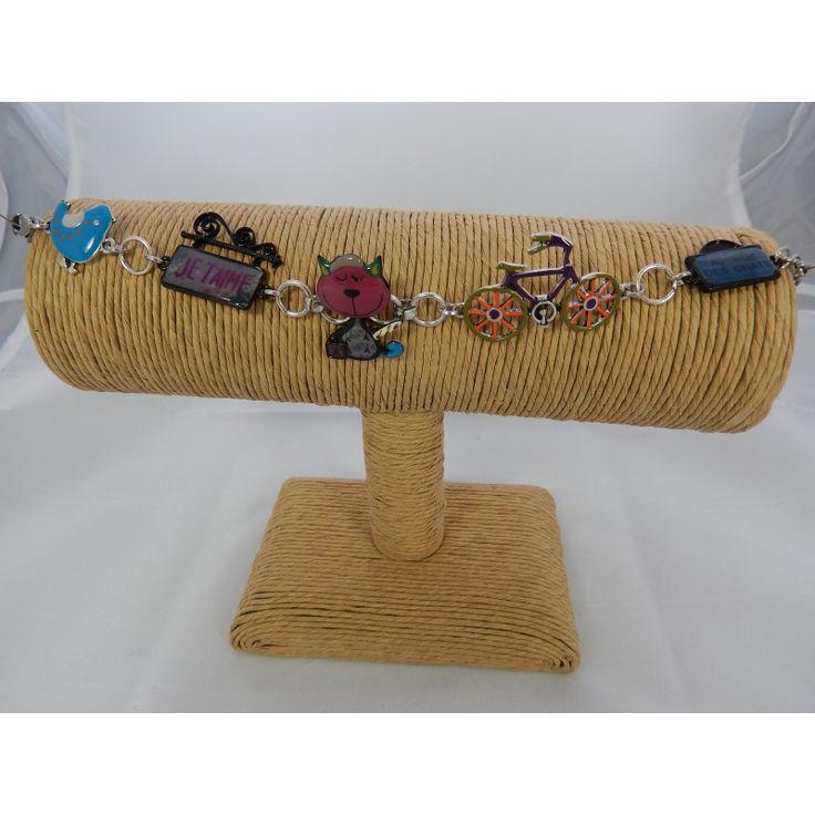"""Bracelets- """"L'avenue des chats"""".  Sans nickel.  Longueur totale 23 cm."""
