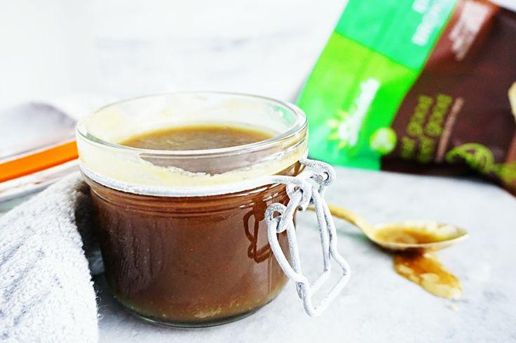 Recept: Suikervrije karamelsaus - Suikervrije karamelsaus is lastig om te maken. Karamelsaus bestaat nu éénmaal uit suiker. Maar met de suikervervanger Steviala Ery-Bronze kan je een heerlijke suikervrije en koolhydraatarme karamelsaus maken! Steviala Ery-Bronze is een bruine suikervervanger op basis van erythritol. Steviala Ery-Bronze smaakt naar bruine suiker en is daardoor uitermate geschikt voor deze suikervrije karamelsaus. Wil jij […]