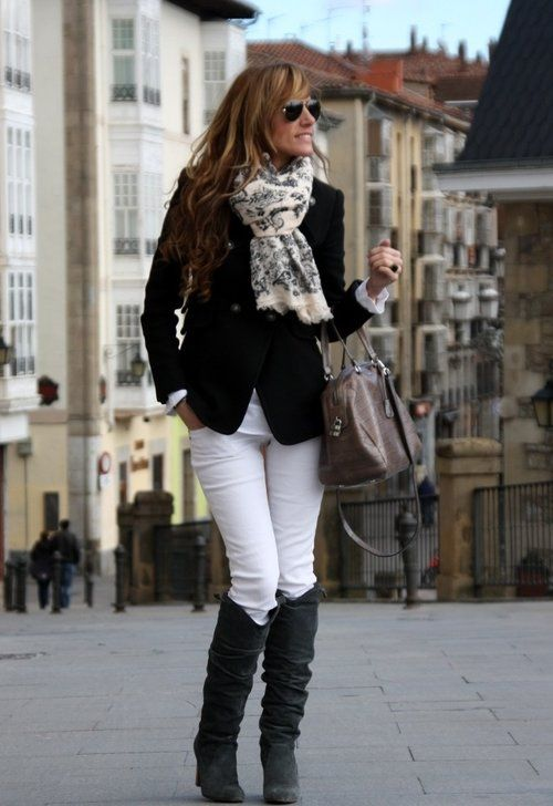 Black blazer + white Jeans + black boots + scarf  ... with a pop of color w/the shirt?                                                                                                                                                     Más