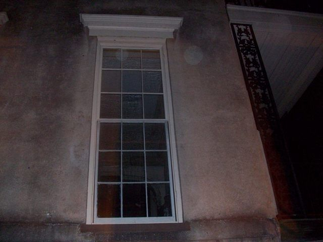 Question about ghost story (Savannah, Tucker: houses, transfer ...