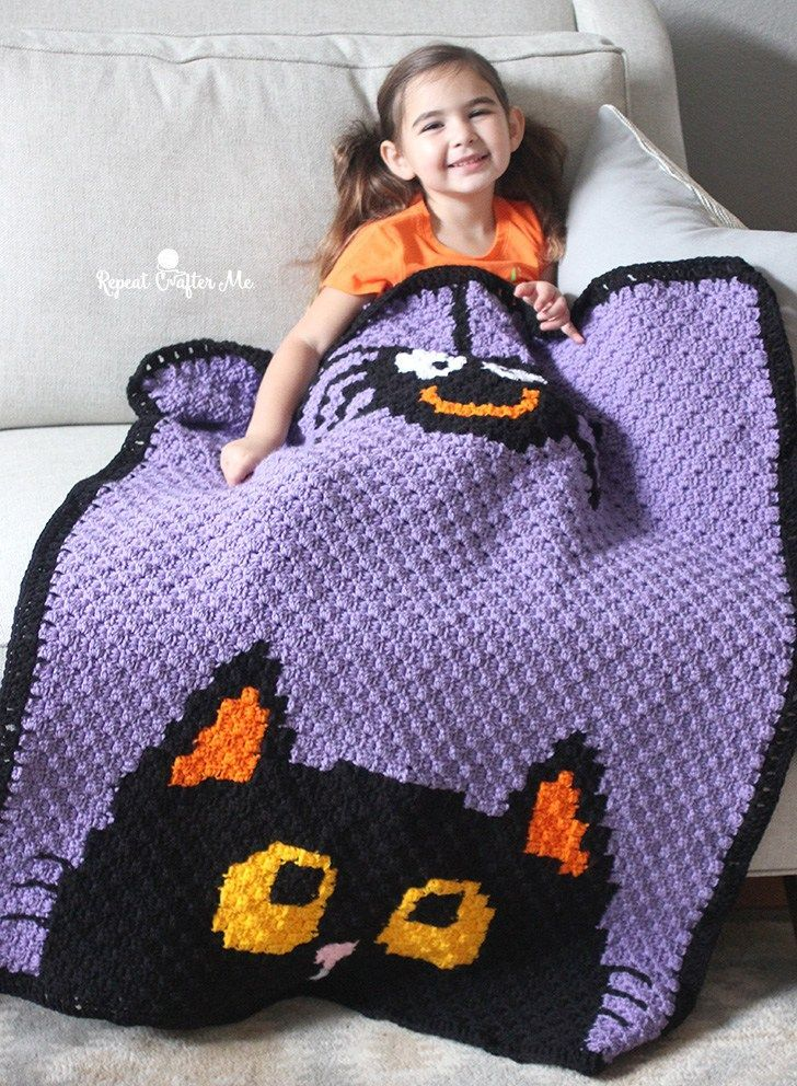 Halloween crochet corner to corner afghan. Free pattern!