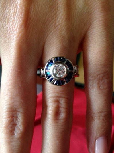Artoo engagement ring saves the universe... of engagement rings. I may have to propose to myself.