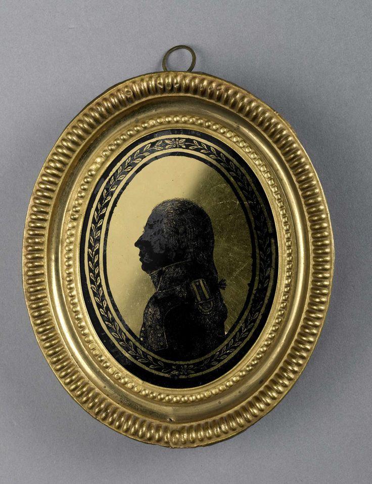 August Forberger   Silhouet portret van een man in officiersuniform, August Forberger, c. 1791 - c. 1801   Silhouet portret van een man in officiersuniform. Buste naar links. Pendant van SK-A-4815. Onderdeel van de collectie portretminiaturen.