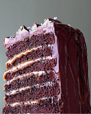 Salted-caramel-chocolate-cake-